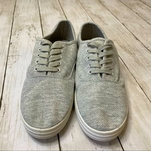 NWOT MOSSIMO GRAY FLATS, SIZE 9